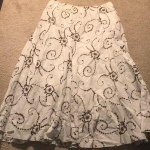 Women's Embroidered Skirt Size Small